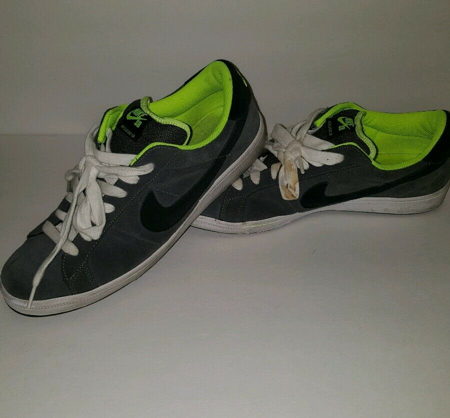 Mens Mens Mens black and grey Nike shoes size 11 771667