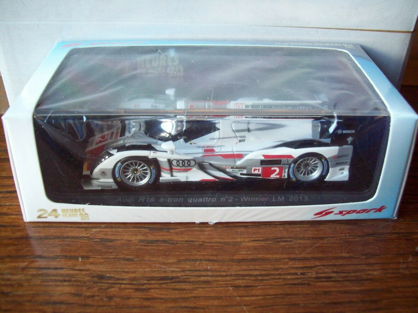 1 43 Spark 43LM13I R18 e-tron Quattro Winner Lm 2013  2 Duval McNish Kriste