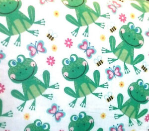 SMILING-Frogs-Bumble-Bees-Flowers-on-White-Flannel-BTY