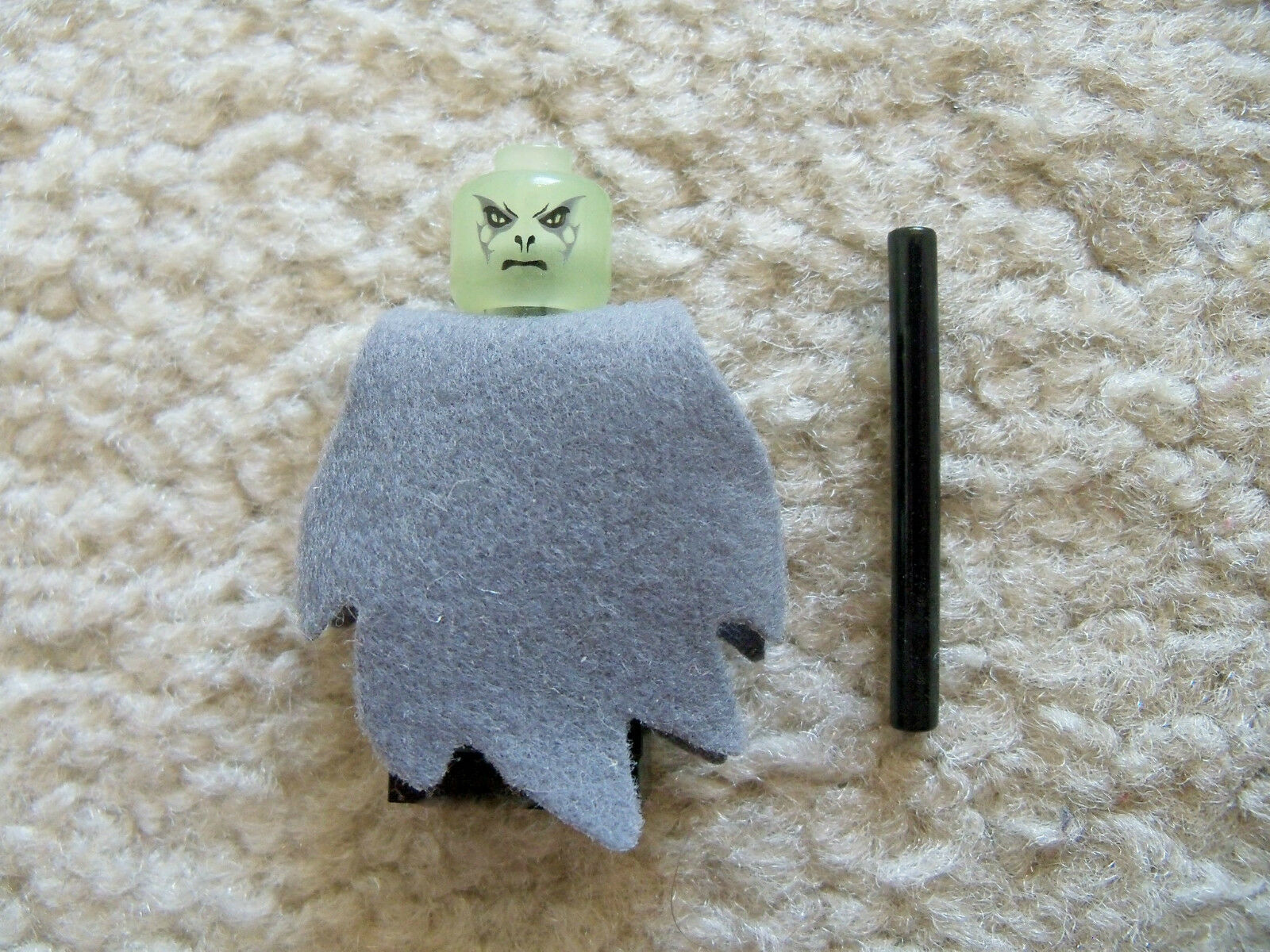 LEGO Harry Potter - Super Rare Trans Clear Head Voldemort w  Wand - From 4766