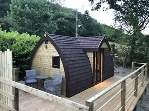 Woodland-Cabin-In-Cenarth-West-Wales-with-Hot-Tub