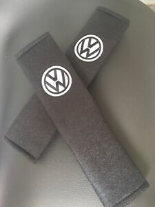 Embroidered-Vw-Universal-Seat-Belt-Shoulder-Pads-Pair-Black-And-White