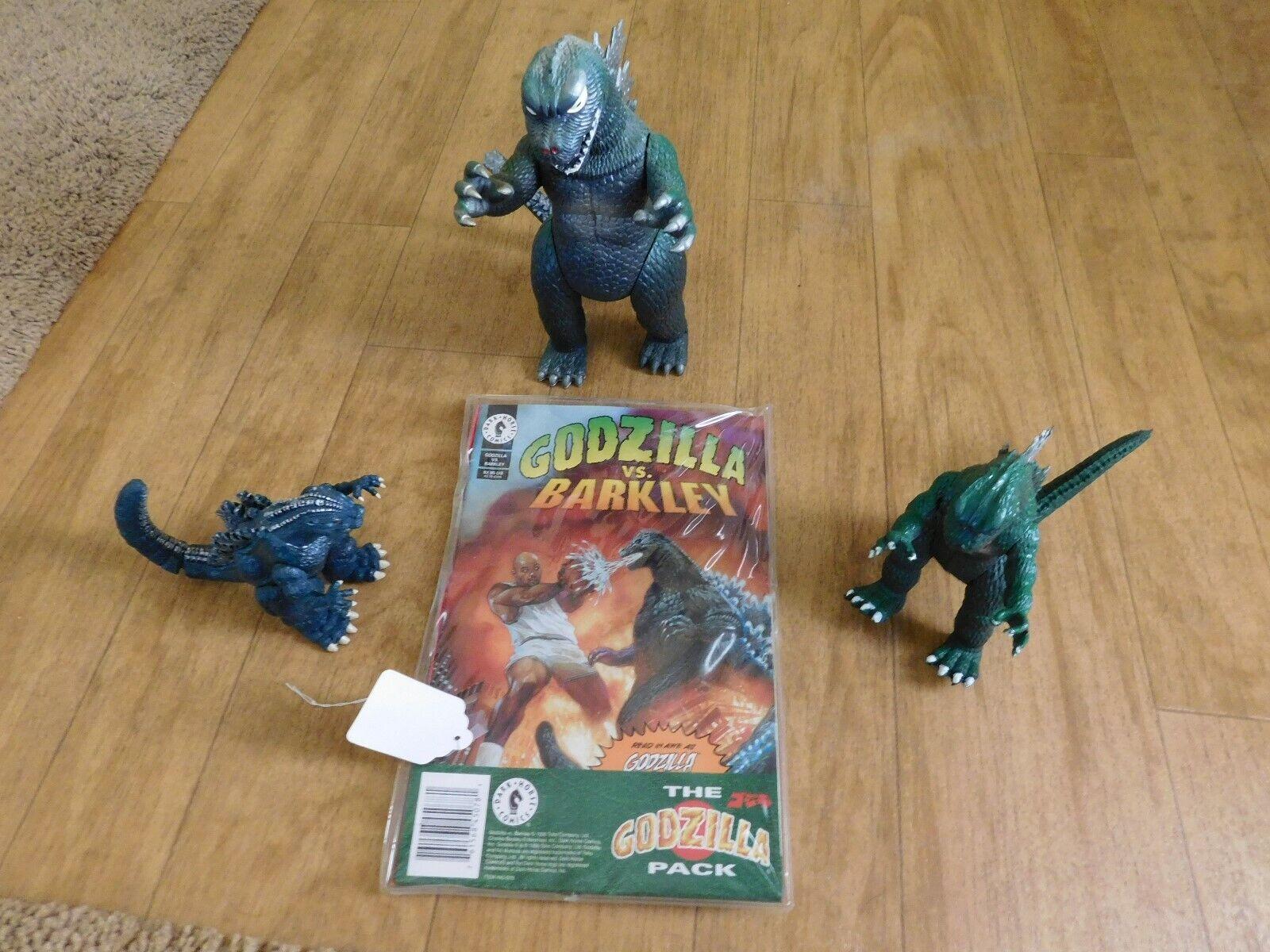 Juego de 3 figuras de acción de Godzilla + 1 Comic Book Barclay -- total de 4 artículos