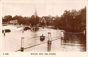 POSTCARD-BUCKINGHAMSHIRE-MARLOW-Weir-and-Church-RP