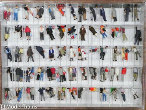 PREISER HO #13002 sur rues et places 100 Painted Figures accessoires