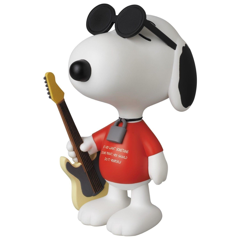 Medicom Peanuts Punk Snoopy Vinyl Collector Doll Medicom MISB new