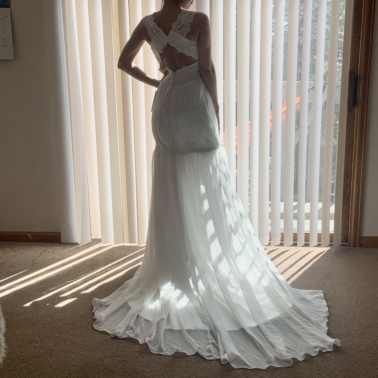 Nwt wedding gown dress by Mingda long train white