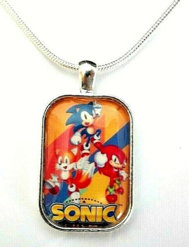 SONIC THE HEDGE HOG NECKLACE GIFT BOX 18 INCH SILVER CHAIN 5-7 y  PARTY BIRTHDAY