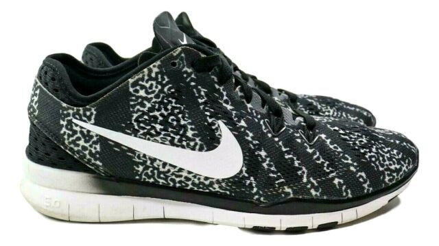 Nike Free 5.0 TR Fit 5 Women's Size 7 Black White Running Shoes 704695-009