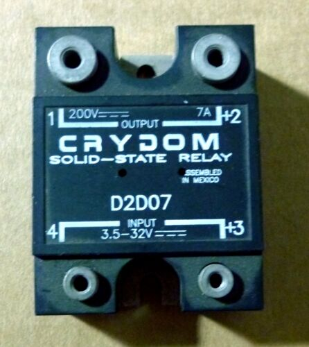 CRYDOM D2D07  SOLID STATE RELAY