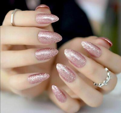 Fingernägel spitz künstliche Spitze Nägel
