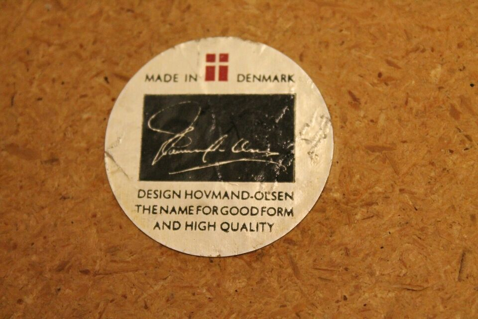 A. Hovmand-Olsen, Stol