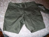 Worthington Moor Green Shorts Size Women's 10