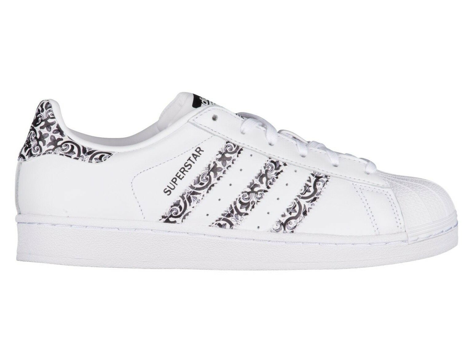 Adidas Superstar x The Farm Womens CP9628 White Black Leather shoes Size 8.5