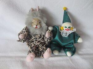 Schoene-Katzen-und-Clownpuppe-Porzellankopf-zur-Dekoration