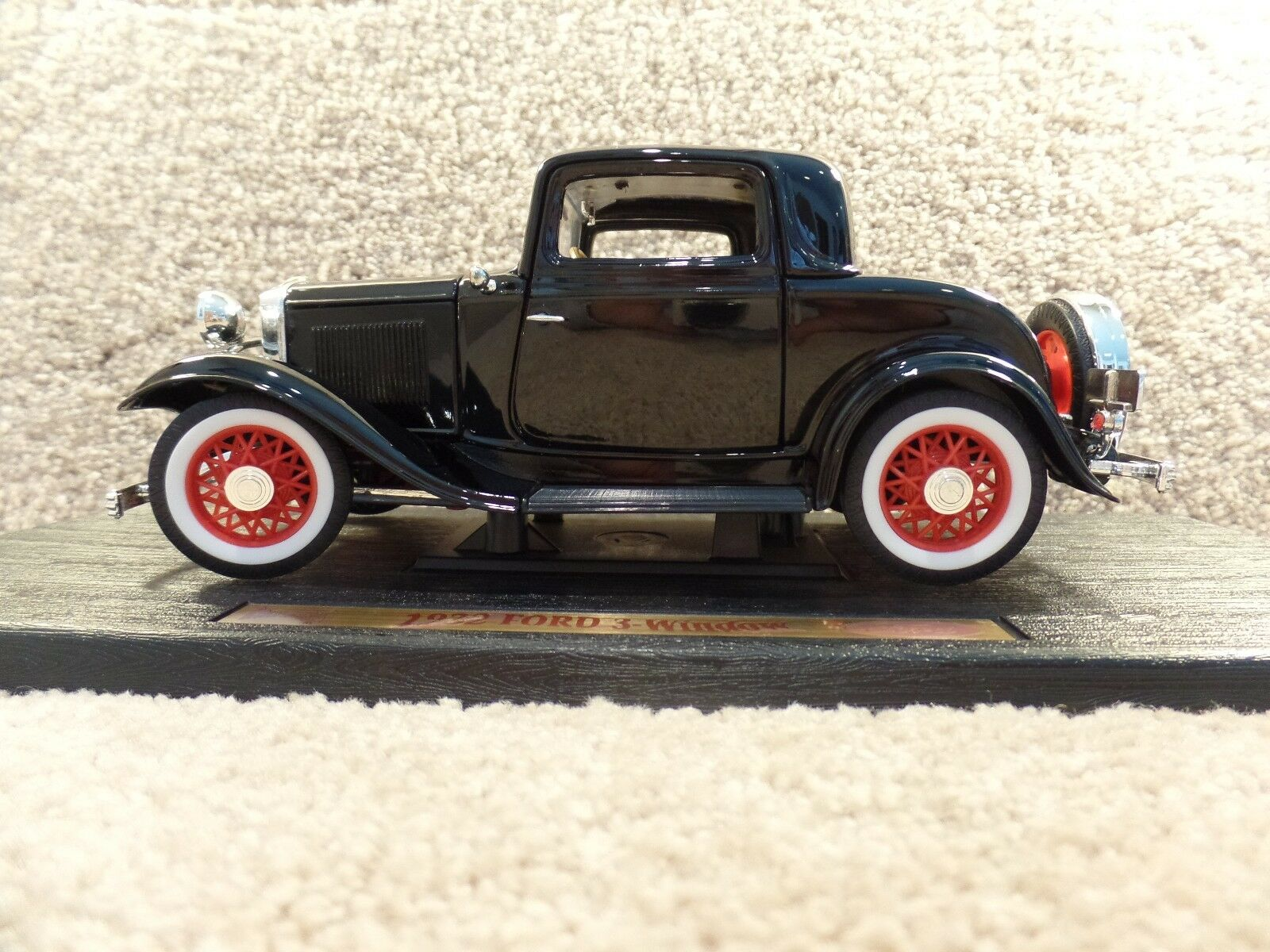 Vintage 1932 Road Legends 1 18 escala Diecast Ford 3-window 3-window 3-window Coupe Coche Negro 7859c0