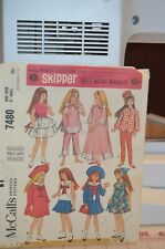 """McCall/'s 7480 Fabric Sewing Pattern Barbie sister 9/"""" SKIPPER DOLL Mattel Clothes"""