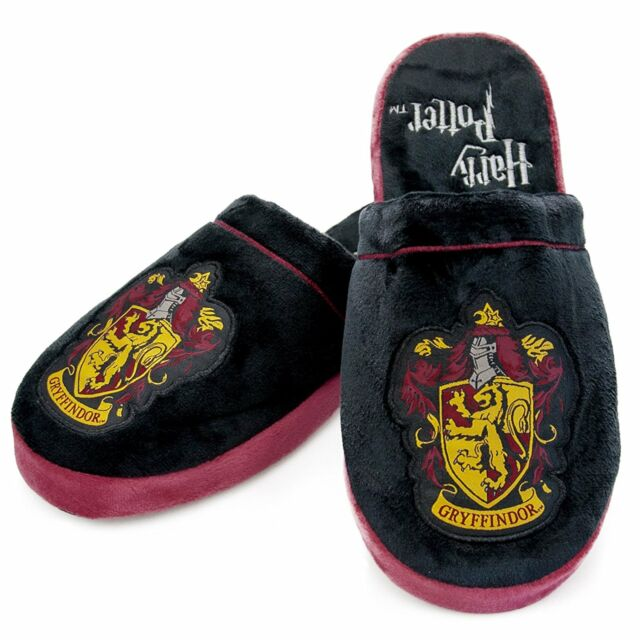 2b8bc2c7eb8887 Official Harry Potter Gryffindor Unisex Slippers (uk 8-10)