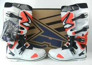 Details about New AXO A2 HINGED Motocross Enduro Boots 10.5 U.K Red Leather CRF CR YZ SX EXC