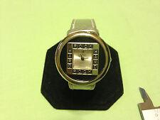 Vintage LaBaron womens watch,rare/unique style, rarely worn condition     L281