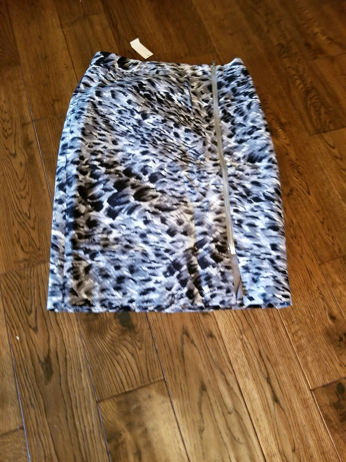 Talbots Sz 6 Front Zipper Fully Lined Abstract Pattern Skirt NWT  99