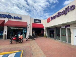 Local comercial en Plaza El Manantial