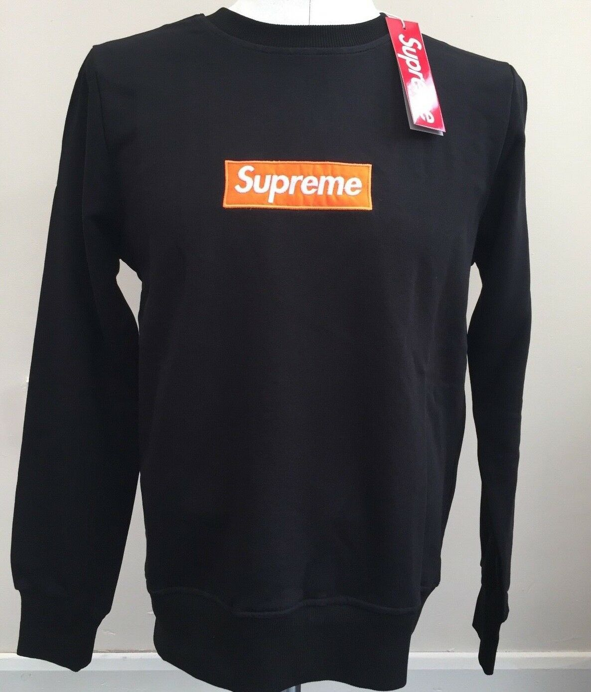BNWT AUTHENTIC SUPREME ITALIA (Not Supreme New York)  SWEATSHIRT X-LARGE SIZE