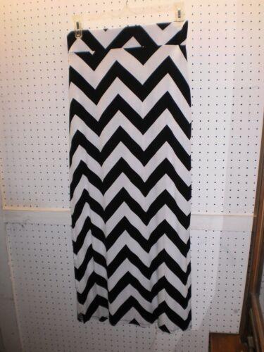 a.n.a Misses Sz Medium Black /& White Side-Slit Pull-On Maxi Skirt FREE Shpg NWTA
