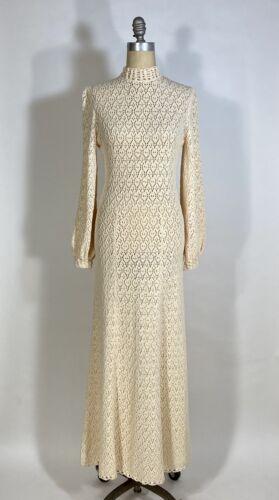 Vintage 1960's CREAM crochet Wedding-worthy gown d