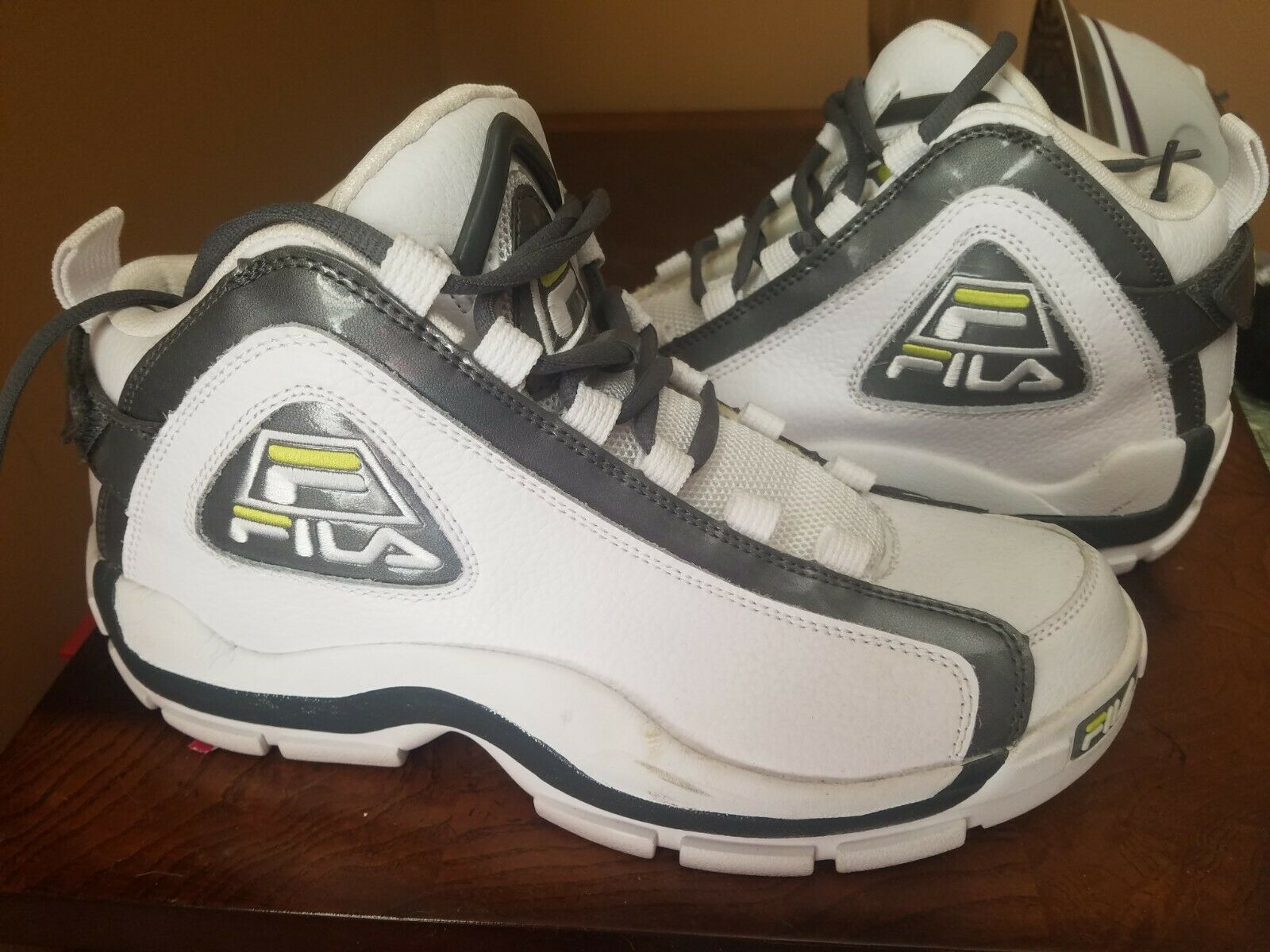 Fila 96 Grant Hill grey lime size 9 1 2 Mens Basketball shoes