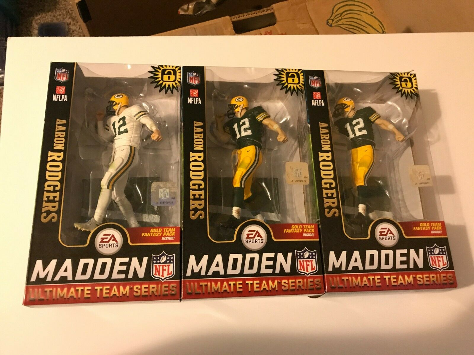 McFarlane NFL Madden 19 Series  2  Aaron Rodgers vert jersey chase AND 1 blanc  les ventes chaudes