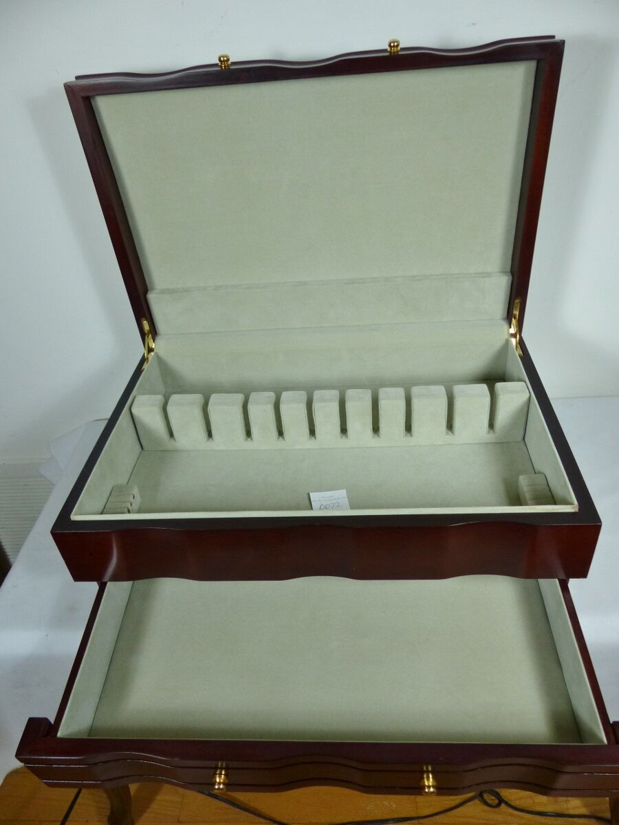 FLATWARE or CUTLERY CHEST BOX MAHOGANY MAHOGANY MAHOGANY 12 PLACES FORMAL DRAWER BY unbranded DD72 17406c
