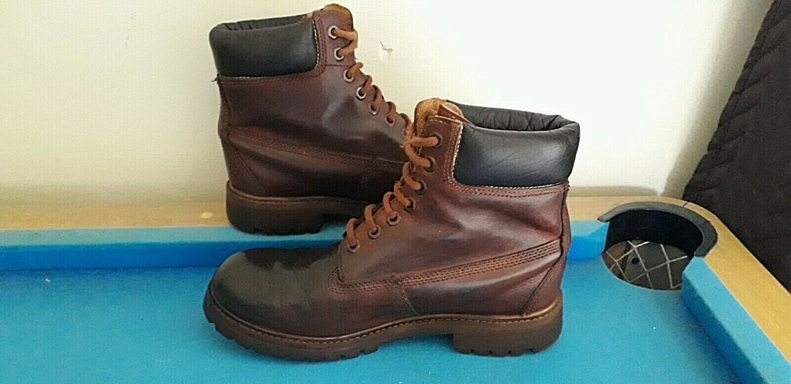 Men's Brown Leather Lace Up Ankle Boots Size UK 7 - GREAT CONDITION