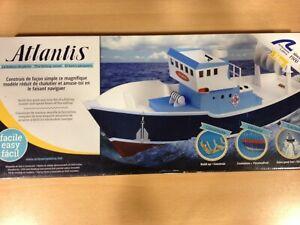 Artisan latina Atlantis Barco Pequero, réf.30531