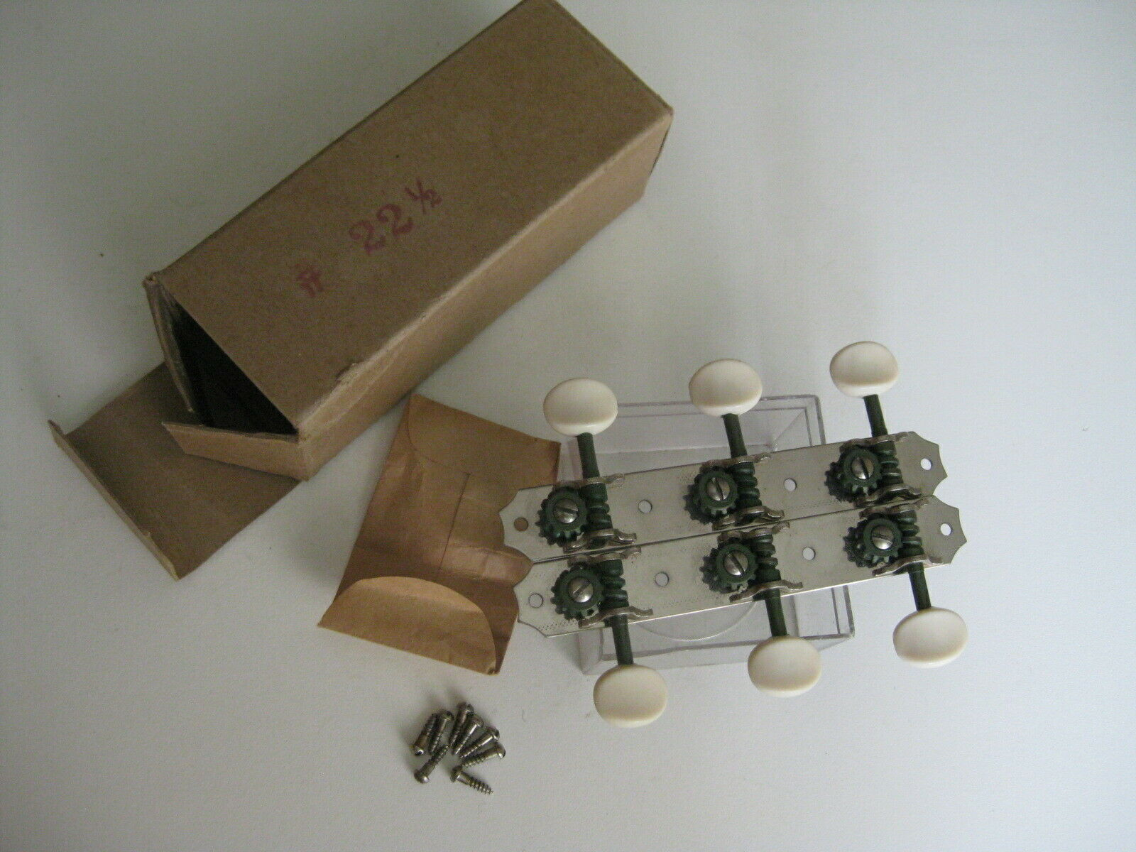 Vintyage 30's Kluson Gibson Slotted Neck Guitar Tuners for Project