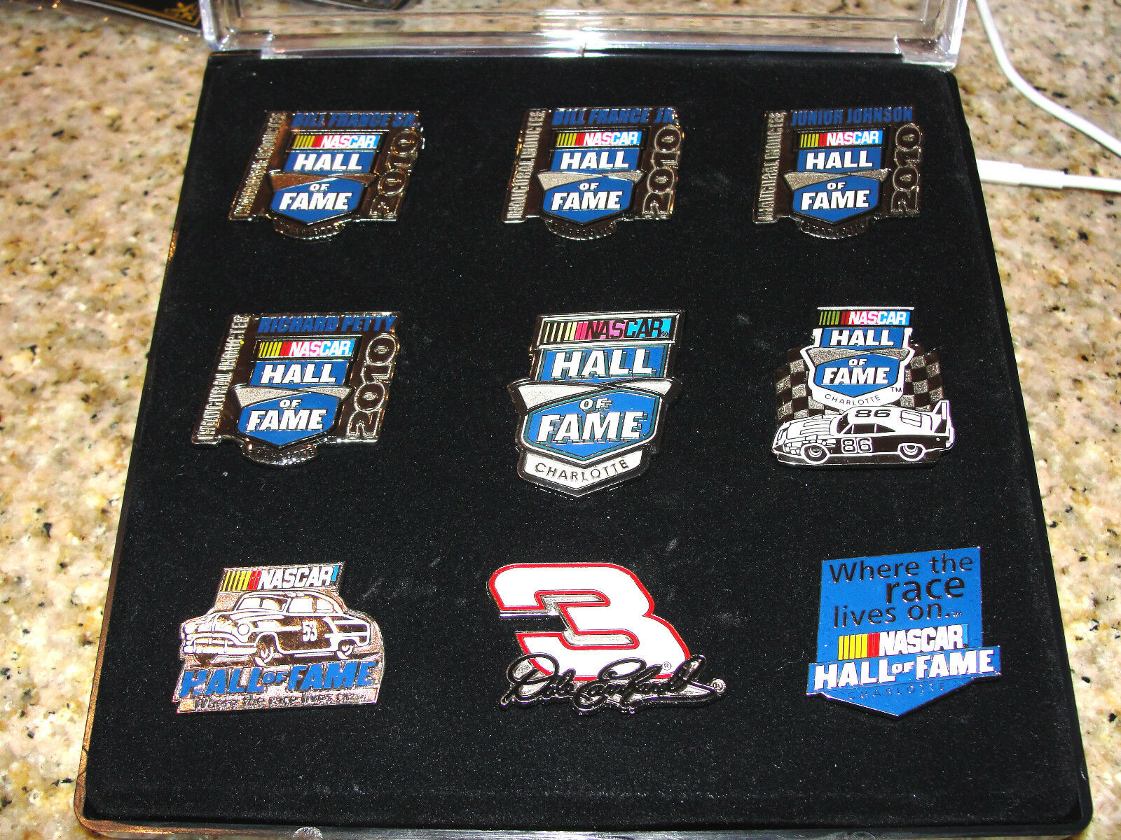 NASCAR INAUCURAL INDUCTEES HALL OF FAME CHARLOTTE 2010 PIN SET OF 9 PINS