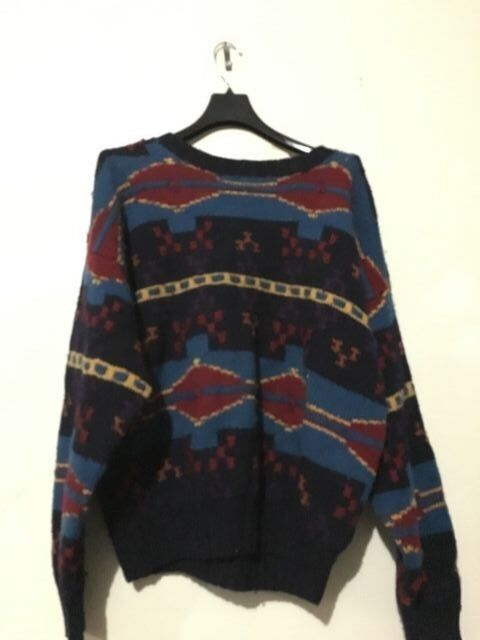 Club Room Knitted By Hand 100% Merino Wool bluee Red Men Sweater Size XL Warm