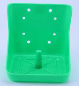 Salzlecksteinhalter Kunststoffgrün Lecksteinhalter Minerallecksteinhalter Pferd