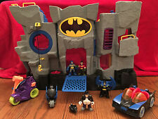 2007 Fisher Price Bat Cave Play-set WITH BATMAN & ROBIN Batmobile Motorcyle +++