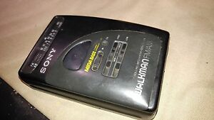 Details about Sony Walkman Cassette Player WM-FX24 Black Am/Fm Mega Bass  Radio