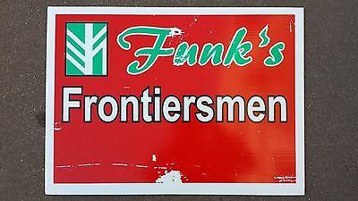 FUNK/'S FRONTIERSMAN Corn Seed Dealer Plastic Field Sign Authentic Barn Man Cave