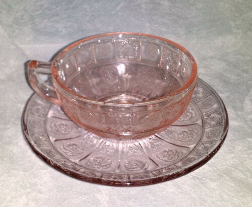Pink Doric /& Pansy Child Cup and Saucer