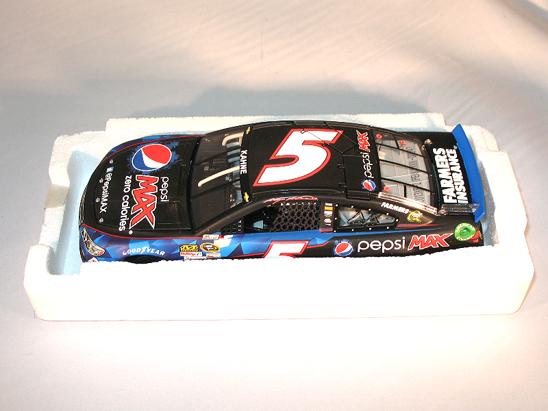 Kasey Kahne 1:24 ACTION  5 Pepsi Max 2013 Chevy SS 1/700 NASCAR
