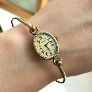 Vintage-Gold-Plated-CHAIKA-Bangle-Bracelet-Ornament-Mini-Ladies-USSR-Watch-Oval