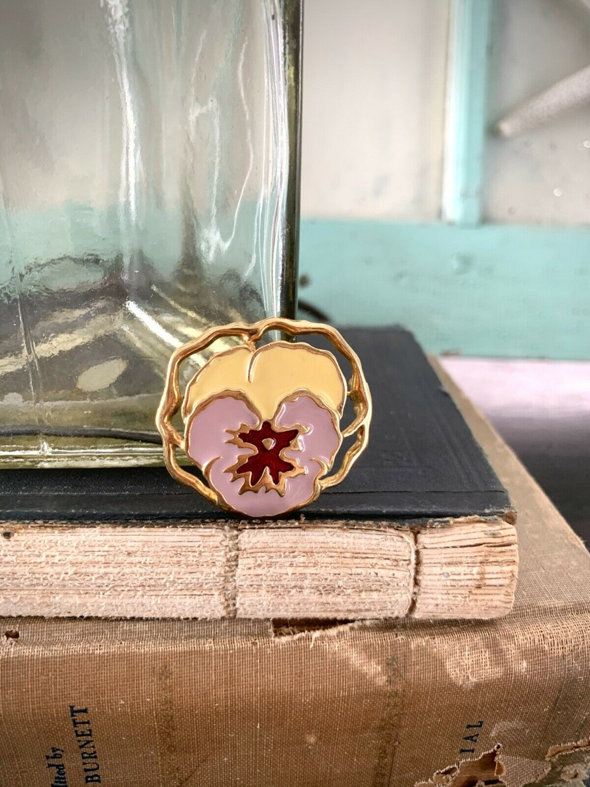 Vintage Gold Plated and Enamel Purple Pansy Pin, … - image 9