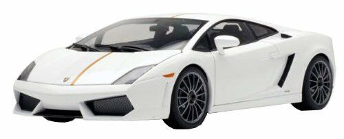 Autoart 1 18 Lamborghini Gallardo LP550-2 Valentino baruboni biancao