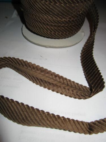 (1,16 € / m)   5  m  Cord Einfaßband Farbe :  Braun  ca :  2 cm     (   Einfaß 4