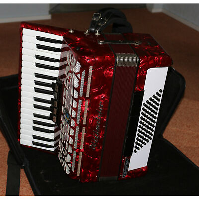 Akordeon Weltmeister Ramona in Rot