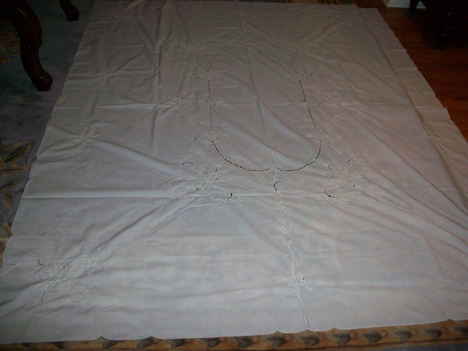 Vintage Nappe Et Serviette Lot Main broderie couleur Blanche taille 69  x 83  pouces