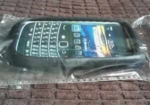 Black-Rubber-Silicone-Skin-Case-Cover-for-BlackBerry-9700-9020-Onyx-9780-NEW